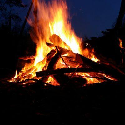 brennstoffe-lagerfeuer